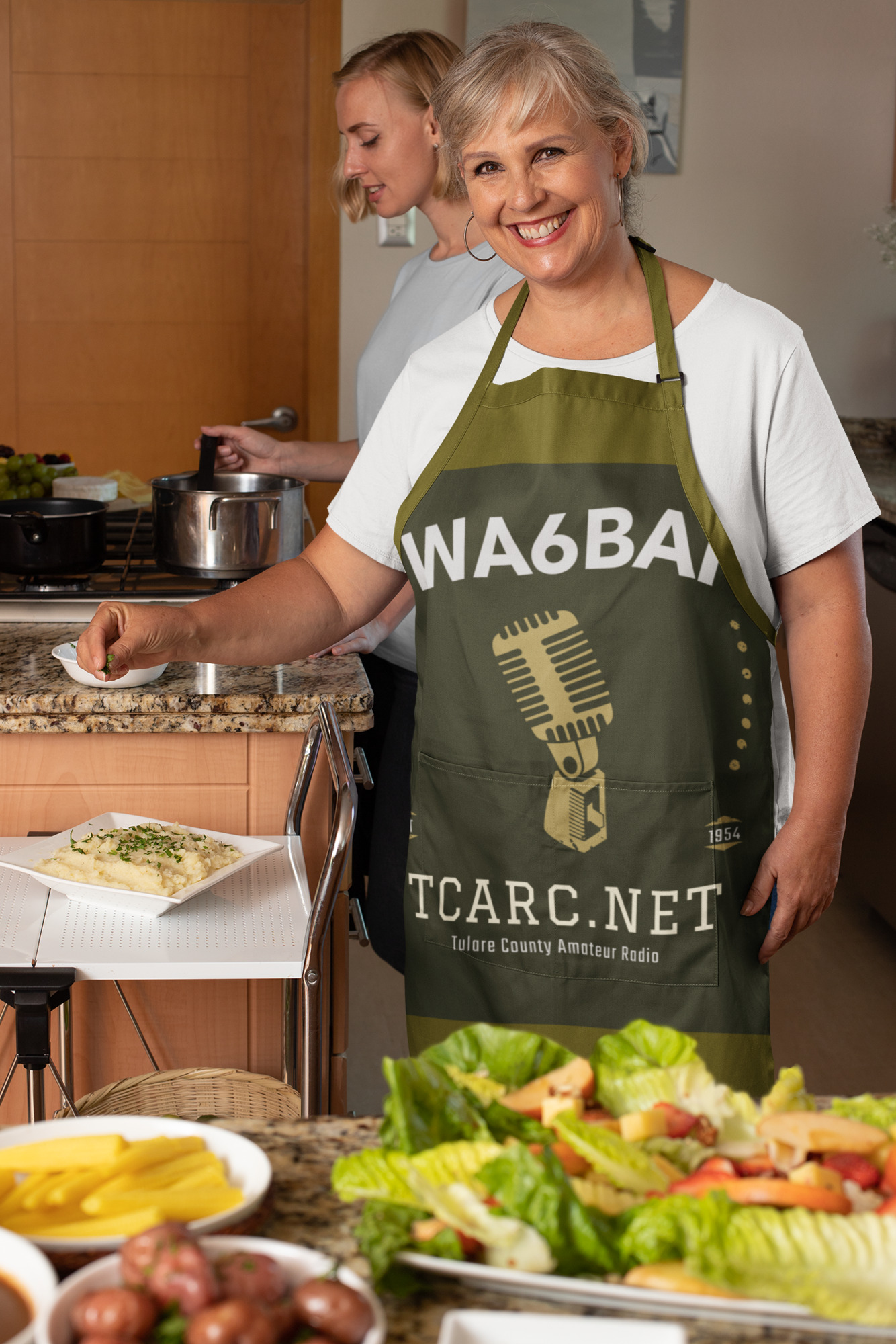 apron-mockup-featuring-a-senior-woman-at-her-kitchen-with-thanksgiving-food-29920.jpg